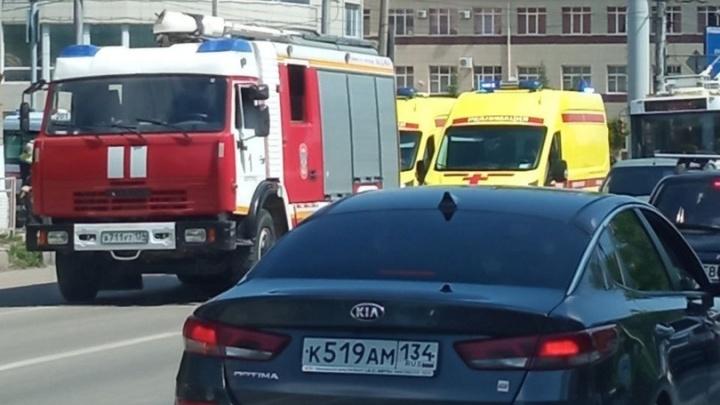В Волгограде попало в ДТП маршрутное такси, четверо пострадавших