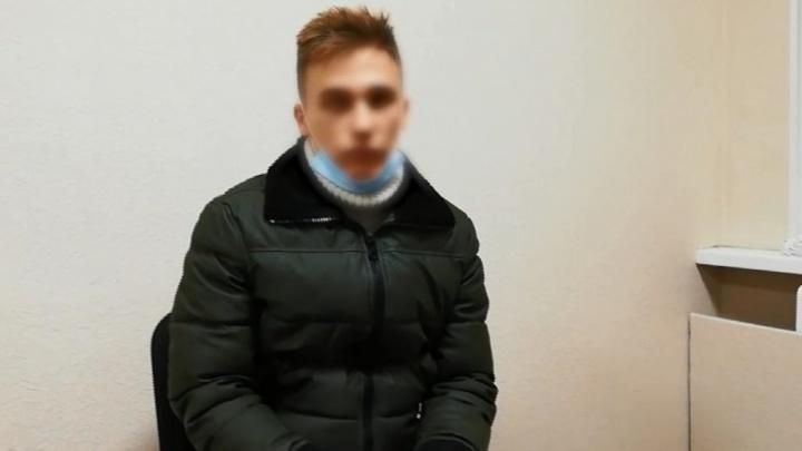 «Такой угрюмый патриотизм»: бывший профессор ВолГУ высказался в защиту станцевавшего на братской могиле блогера