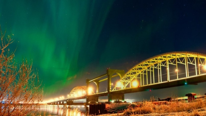 12 октября в Архангельске можно увидеть северное сияние: как сделать хорошие фотографии