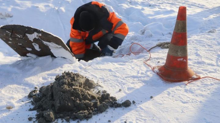 50-килограммовый монстр из влажных салфеток захватил тюменскую канализацию