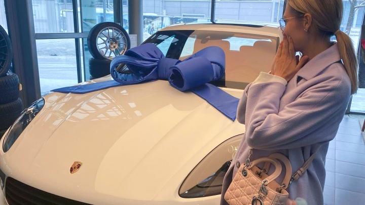 «Моя прелесть»: актриса из Ярославля Мария Горбань похвасталась новеньким Porsche
