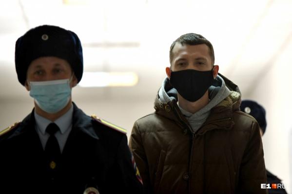 Адвокаты Владимира Васильева подали апелляцию в надежде, что их подопечному смягчат наказание. Но в прокуратуре считают, что виновнику аварии вынесли справедливый приговор