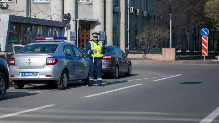Вакансии в «кузнице кадров» МВД: красноярский полк ДПС объявил набор сотрудников