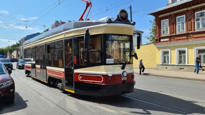 Все 11 ретротрамваев поставят в Нижний Новгород только в ноябре