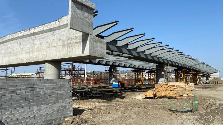 Новый мост ЖБИ в Кургане готов наполовину
