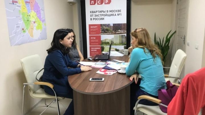 Какую квартиру выбрать в Москве и Петербурге этой весной— в новостройке или на вторичном рынке