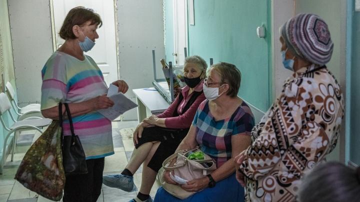 Еще 200 человек заболели COVID-19 в Кузбассе за сутки. Шесть пациентов скончались