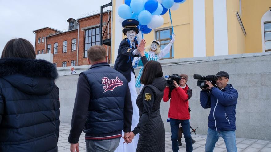 В Челябинске официально открыли новую набережную, но подходы к ней выглядят совсем не празднично