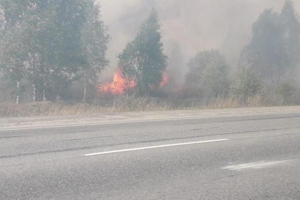 Из-за лесного пожара машины пускали через Камышлов