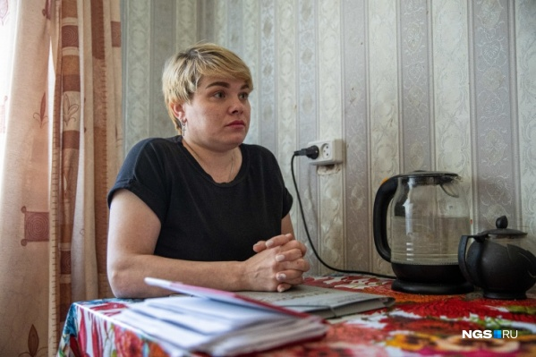 Олеся Ковач не смогла вовремя гасить ипотеку, поэтому могла остаться без жилья