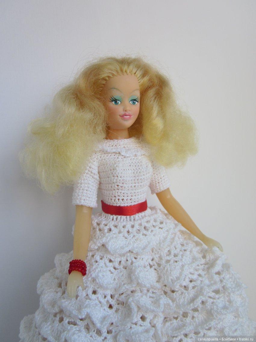 30-сантиметровая пермская кукла. Роспись лица ей восстановила березниковский реставратор Анастасия Ломова, так как оригинальные краски почти полностью стерлись от времени