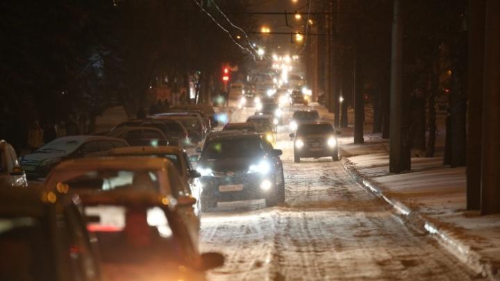 Из-за снегопада Уфа встала в восьмибалльных пробках