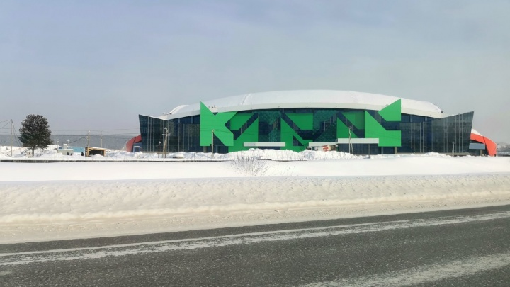 Сергей Цивилёв показал, как внутри выглядит ледовый дворец «Кузбасс» в Кемерово. Его откроют к июлю