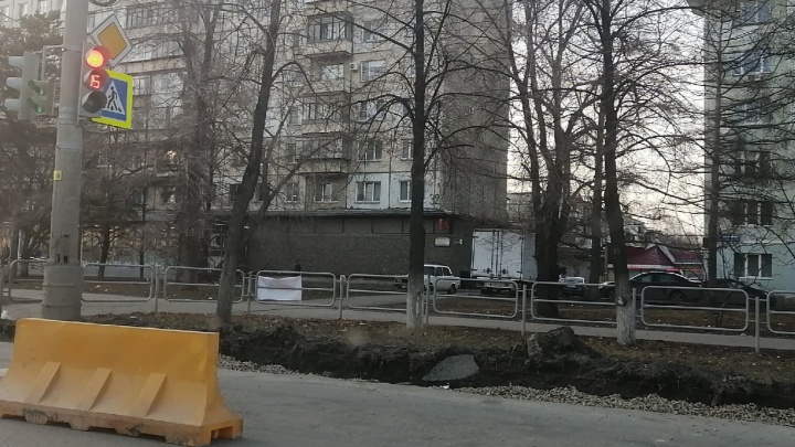 Жители Северо-Запада Челябинска рискуют встать в серьезные пробки из-за ремонта дорог и коммунального ЧП