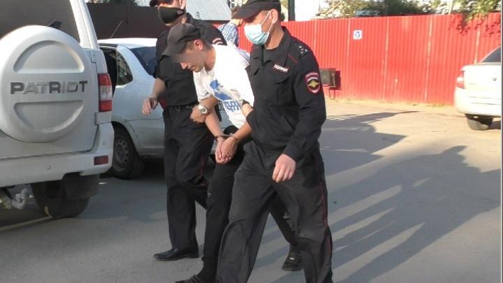 На Урале полицейские задержали мужчину, который нападал на женщин на улице