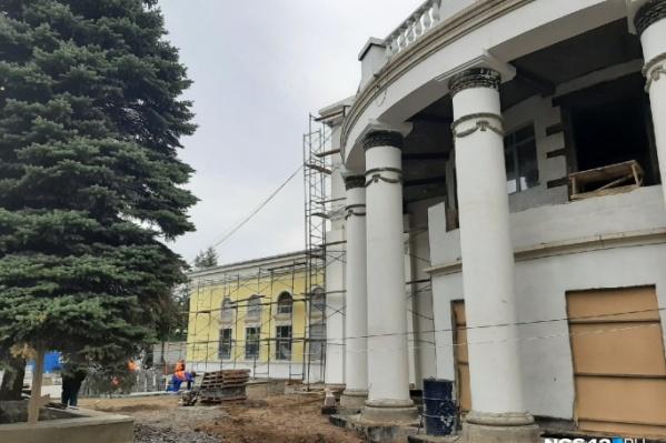 На реставрацию «Коммунара» выделили более 400 миллионов рублей из консолидированного бюджета