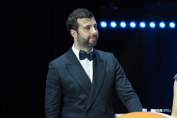 Тот, за кого вы отдадите больше голосов, поднимется на одну сцену с Иваном Ургантом и получит заветную статуэтку