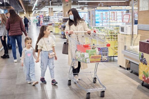 Поход в SPAR преподнес Эмилии и ее дочерям много сюрпризов