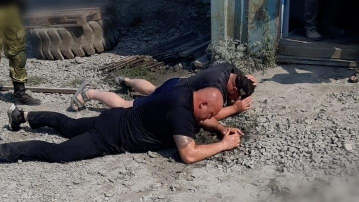 «Стреляли под ноги»: стали известны подробности спецоперации по задержанию «кабачков» под Екатеринбургом