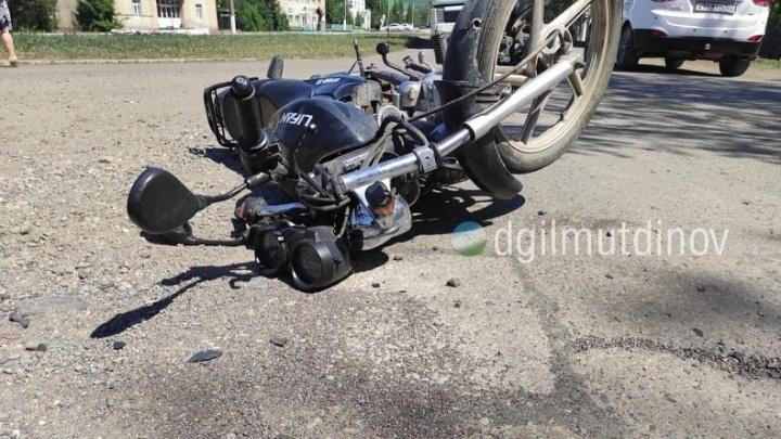 В Башкирии произошло две аварии с участием школьников на скутерах