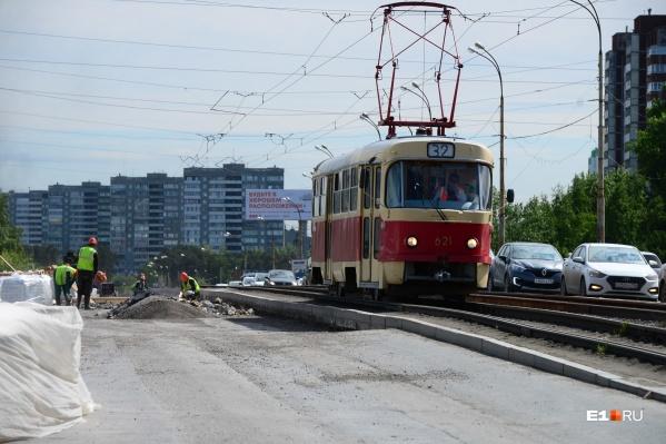 Трамвайное движение на ЖБИ будет закрыто в обе стороны