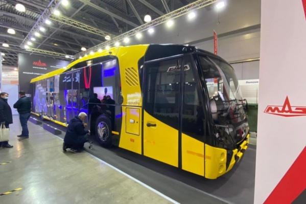 Новый автобус вмещает 112 человек