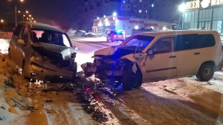В новогоднюю ночь 16-летняя девушка пострадала в ДТП на улице Связистов