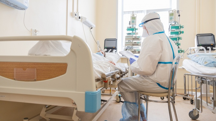 Минздрав: «В Самарской области ежедневно госпитализируют по 220 человек с коронавирусом»