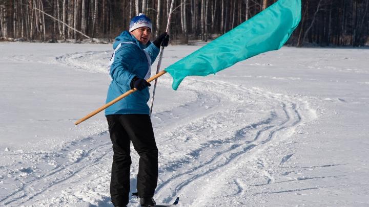 Сотрудники ЧКПЗ вышли на традиционную «Командирскую лыжню»