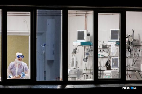 За месяц смертность увеличилась — почти на 25%