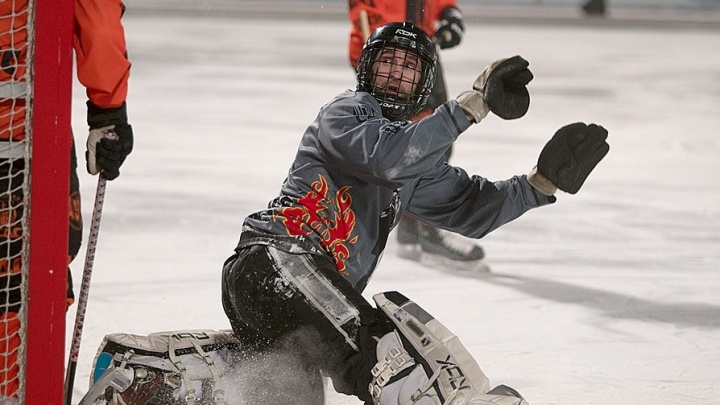 В Кемерово покончил с собой чемпион мира по хоккею с мячом— когда-то он играл за новосибирский клуб