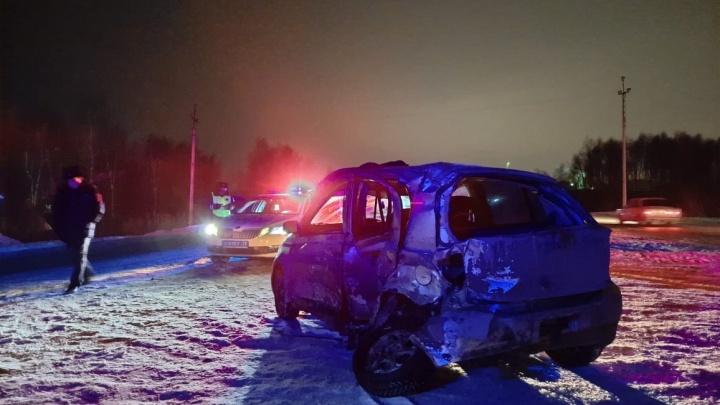 На тюменской трассе в аварии с грузовиком погибла 26-летняя девушка