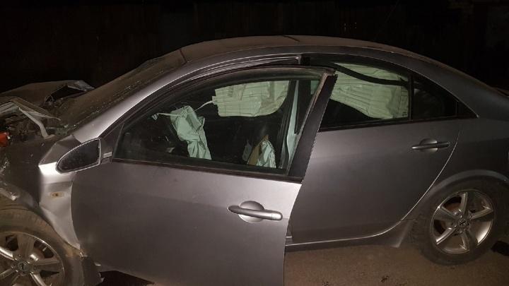 «Грохот стоял страшный»: под Волгоградом Nissan протаранил Renault. Есть пострадавшие