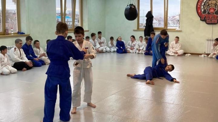 В Садах Придонья готовят будущих чемпионов боевых искусств