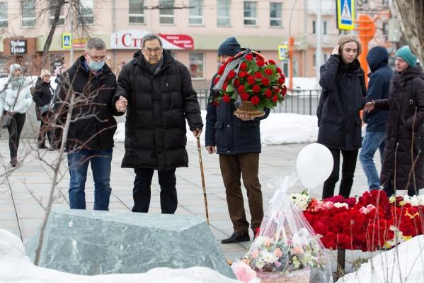 Аман Тулеев покинул пост губернатора Кузбасса спустя неделю после пожара в «Зимней вишне»