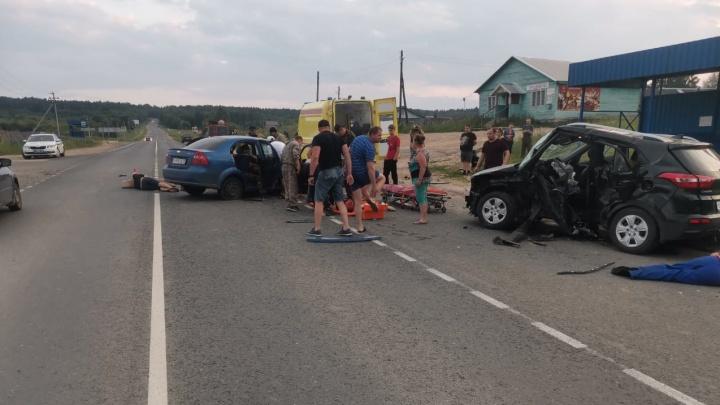 В Устьянском районе крупное ДТП: три человека погибли