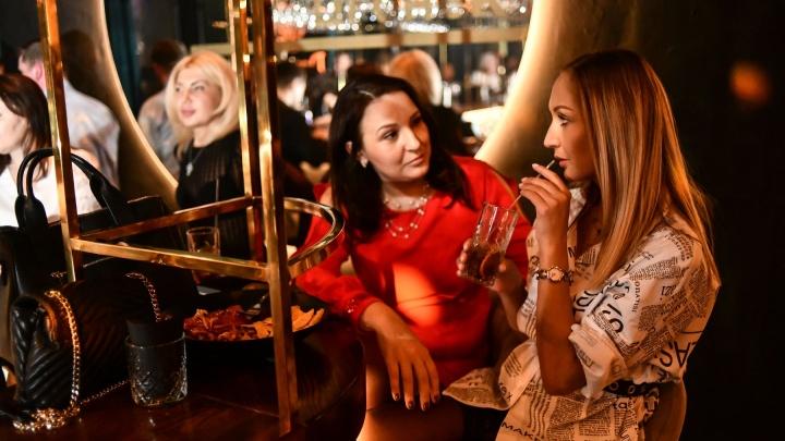«Сделаю тусовки каждый день с 1 по 10 мая»: как «путинские» каникулы скажутся на работе баров и ресторанов