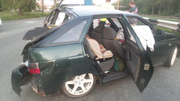Их спасли кресла: в аварии на объездной дороге пострадали двое детей