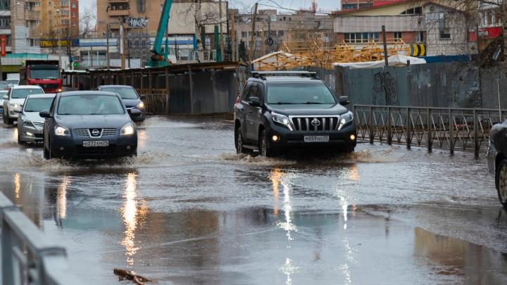 Прокуратура проведет проверку из-за большой аварии на водопроводе в Архангельске