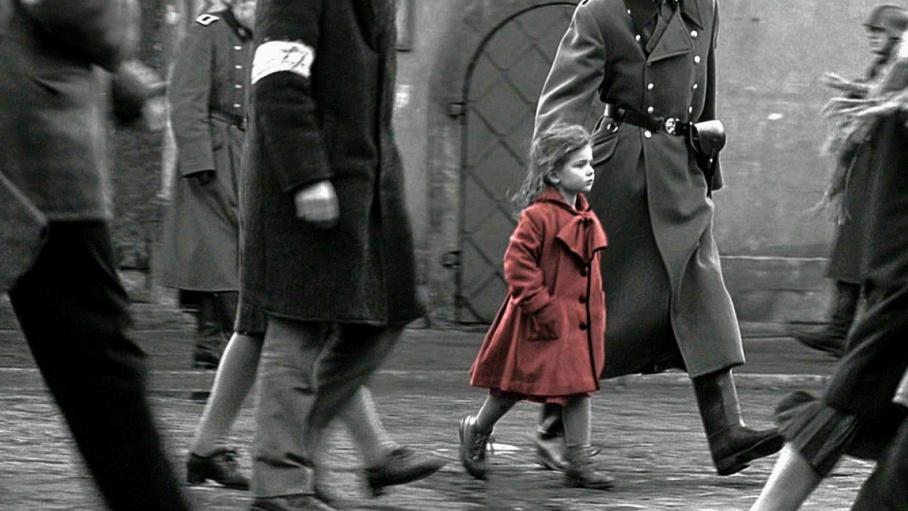 В этом черно-белом фильме лишь однажды появляется цвет. И у этого образа есть реальная история.