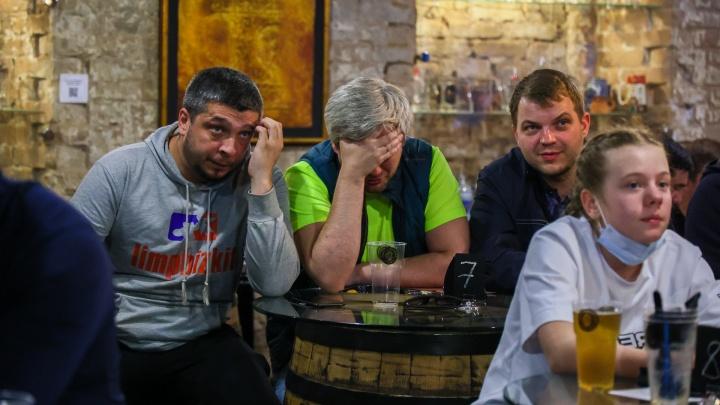 Победили, но играем на двоечку: как красноярцы болели за Россию в игре с финнами