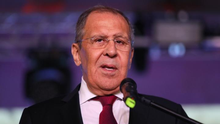 «Мы люди спокойные, нас трудно вывести»: смешные цитаты министра Лаврова из визита в Екатеринбург