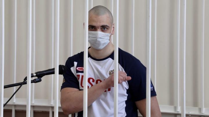 """«Ты недостоин """"России""""»: убийца студента медуниверситета извинился перед его матерью"""