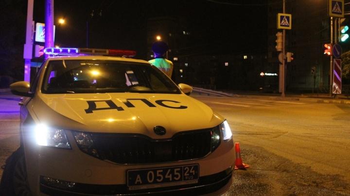 Неадекватный парень на электросамокате получил 10 суток ареста. У него не было прав