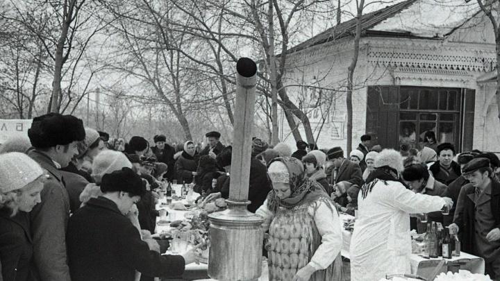 Русские красавицы, самовары и лошади: как куйбышевцы отмечали Масленицу почти полвека назад