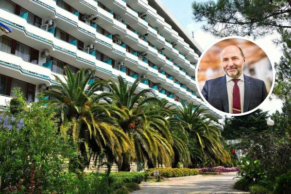 Дмитрий Богданов возглавил санаторно-курортный комплекс «Знание» в 2011 году