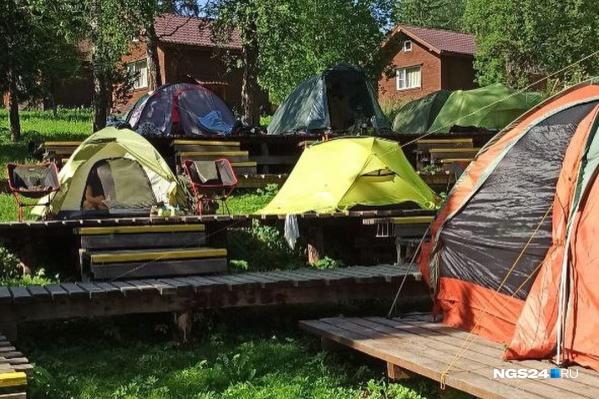 Связи нет и в палаточном лагере «Нырым»