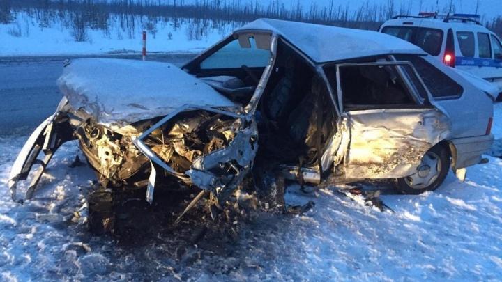 Водитель «Лады» уснул за рулем и выехал набензовоз: смертельное ДТП натюменской трассе