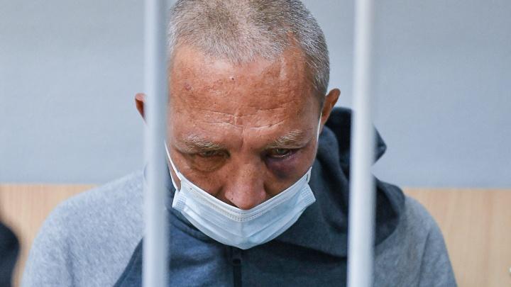 В Екатеринбурге продлили арест стрелку с Химмаша, который ранил девочку и росгвардейца