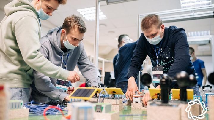 В Тюмени прошла олимпиада НТИ: школьники России продемонстрировали навыки инжиниринга